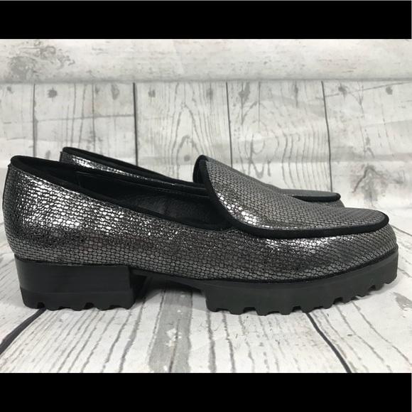 9aa64525dc7 Donald J. Pliner Shoes - Donald Pliner Elen Black Metallic Loafers Sz 7.5